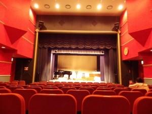 赤い靴劇場